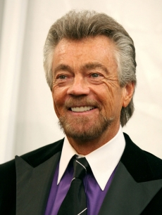 Producer Stephen J. Cannell, recipient of the Paddy Chayefsky Television Laurel Award poses in the press room during the 2006 Writers Guild Awards held at The Hollywood Palladium on February 4, 2006 in Hollywood, California.