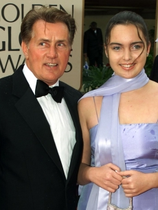 Martin Sheen and granddaughter Cassandra Estevez (Charlie&#8217;s daughter) at the 57th annual Golden Globe Awards in Beverly Hills, Jan. 23, 2000