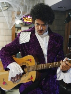 "Grayson (Josh Hopkins) dresses up as Prince on ""Cougar Town's"" Halloween episode 2010"