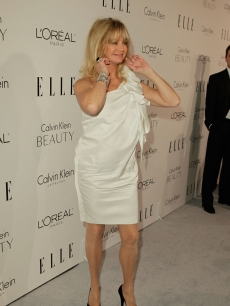 Goldie Hawn has fun with photographers at ELLE&#8217;s 17th Annual Women in Hollywood Tribute at The Four Seasons Hotel on October 18, 2010 in Beverly Hills