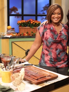 Food Network star Sunny Anderson shows off some of her favorite Thanksgiving recipes with Kit Hoover on Access Hollywood Live on Nov. 22, 2010