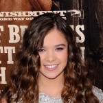 "Hailee Steinfeld attends the premiere of ""True Grit"" at the Ziegfeld Theatre, NYC, December 14, 2010"