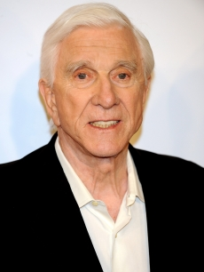 "Leslie Nielsen attends ""Spanish Movie"" premiere at Kinepolis cinema in Madrid,"