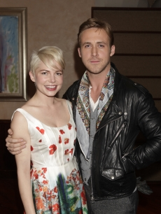 Michelle Williams and Ryan Gosling attend Jane Rosenthal and Robert DeNiro&#8217;s special screening of &#8220;Blue Valentine&#8221; at Tribeca Grill Loft in New York City on December 5, 2010 