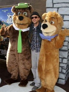 "Justin Timberlake poses with some furry friends at the premiere of ""Yogi Bear"" on December 11, 2010 in Los Angeles"
