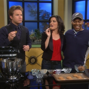 Access Hollywood Live: Kevin Eubanks Delivers Yummy-Tummy Cookies