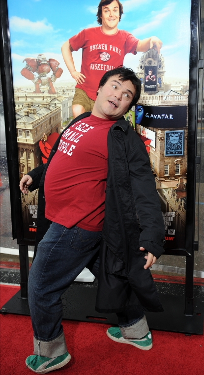 Jack Black strikes a pose at the premiere of &#8220;Gulliver&#8217;s Travels&#8221;  at the Chinese Theater in Hollywood on December 18, 2010