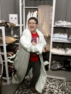"""Modern Family's"" Rico Rodriguez is loving his new robe from Little Giraffe!"