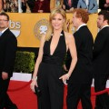 Julie Bowen arrives at the 17th Annual Screen Actors Guild Awards held at The Shrine Auditorium on January 30, 2011 in Los Angeles