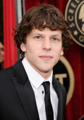 Jesse Eisenberg arrives at the 17th Annual Screen Actors Guild Awards held at The Shrine Auditorium, Los Angeles, January 30, 2011
