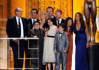 "The cast of ""Modern Family"" accept their award for Outstanding Performance by an Ensemble in a Comedy Series award, during the 17th Annual Screen Actors Guild Awards held at The Shrine Auditorium, Los Angeles, January 30, 2011"