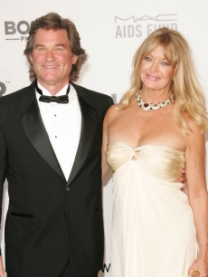 Kurt Russell and Goldie Hawn arrive at the Cinema Against Aids 2007 in Cannes, France, on May 23, 2007