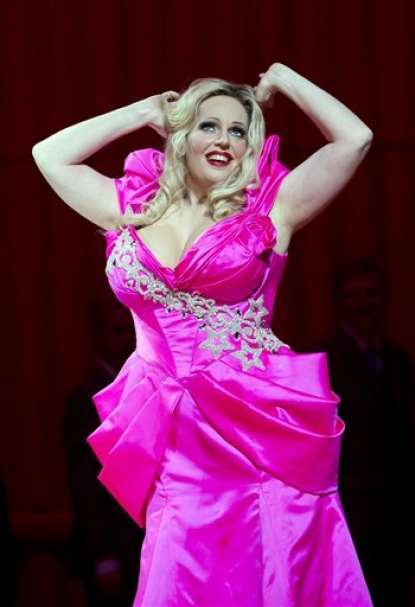 Dutch Soprano Eva Maria Westbroek as Anna Nicole in the title role of the Royal Opera House&#8217;s production of &#8220;Anna Nicole.&#8221;