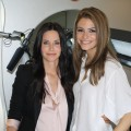 "Courteney Cox and Access Hollywood's Maria Menounos pose at the ""Scream 4"" press junket on March 23, 2011 in LA"