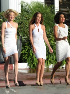 "Angels in action! Rachael Taylor, Minka Kelly and Annie Ilonzeh shoot their pilot for the television reboot of ""Charlie's Angels"" on March 16, 2011, in Miami Beach, Florida"