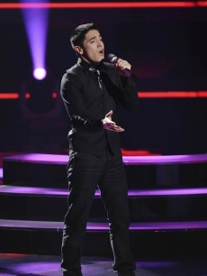 Stefano Langone performs &#8220;When A Man Loves A Woman&#8221; on &#8220;American Idol&#8221; on April 6, 2011