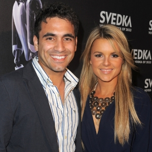 Have Ali & Roberto Set A Date For Their Wedding Yet? (April 8, 2011)