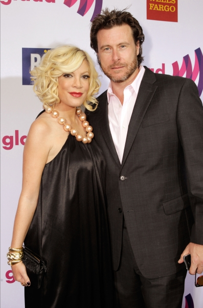 Tori Spelling and Dean McDermott arrive at the 22nd Annual GLAAD Media Awards on April 10, 2011 in Los Angeles