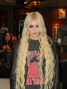 Taylor Momsen of the The Pretty Reckless attends a free acoustic show at The Hard Rock Cafe in Hollywood, Calif. on April 21, 2011