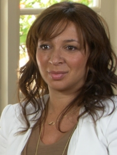 "Maya Rudolph chats with Access Hollywood at the ""Bridesmaids"" junket in Los Angeles on April 29, 2011"