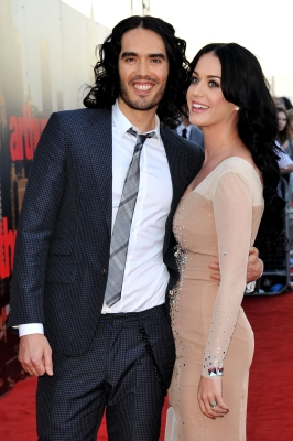 "Russell Brand and Katy Perry are all smiles at the ""Arthur"" European premiere at Cineworld 02 Arena in London on April 19, 2011"