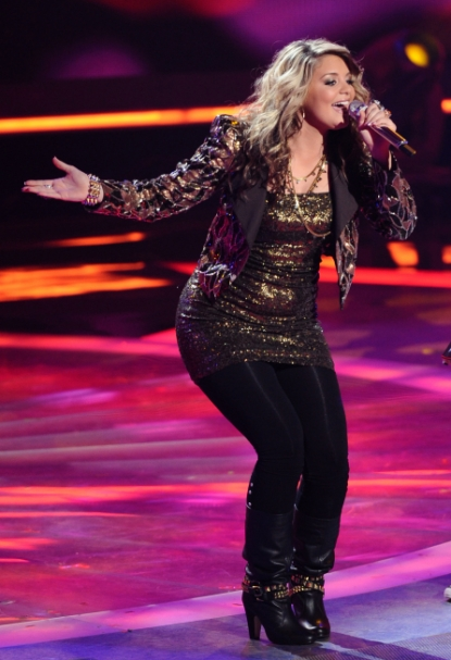 "Lauren Alaina performs on ""American Idol,"" May 11, 2011"