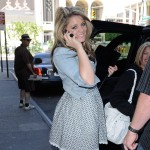 """American Idol"" 2011 runner-up Lauren Alaina leaves her Midtown Manhattan hotel in New York City on June 2, 2011"