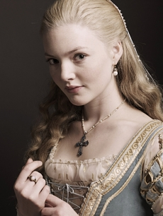 "Holliday Grainger as Lucrezia Borgias in ""The Borgias"""