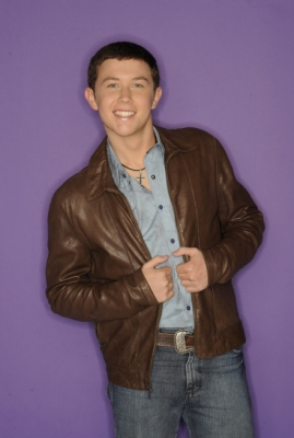 Scotty McCreery&#8217;s Top 13 cast shot from &#8220;American Idol&#8221; Season 10