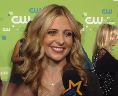 Sarah Michelle Gellar chats with Access Hollywood at the CW Network's Upfront 2001 presentation in New York City on May 19, 2011
