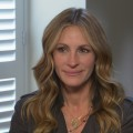 Julia Roberts Gets Red Hot
