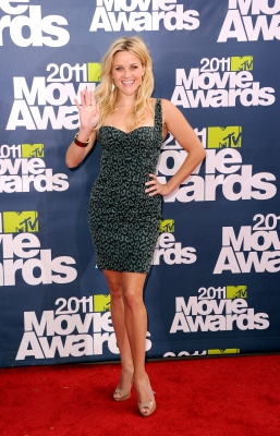 Reese Witherspoon arrives at the 2011 MTV Movie Awards at Universal Studios' Gibson Amphitheatre in Universal City, Calif., on June 5, 2011