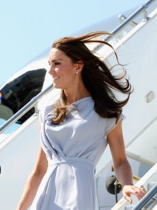 Duchess Kate touches down at LAX in a lavender Peridot dress by Roksanda Illnicic, Los Angeles, July 7, 2011