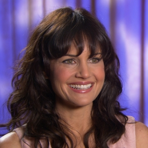 Carla Gugino's Chilly Time On 'Mr. Popper's Penguins'