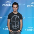 Kevin Jonas stops by Cambio Studios for a live chat with fans in Los Angeles on July 12, 2011