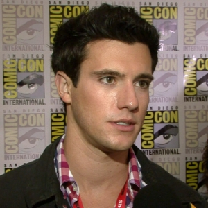 Comic-Con 2011: Drew Roy Shares 'Falling Skies' Season 1 Secrets
