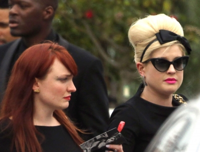 Kelly Osbourne attends the funeral service of singer Amy Winehouse at Edgwarebury Lane cemetery in London on July 26, 2011