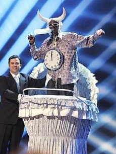 Jimmy Kimmel pulls Flavor Flav onto the stage