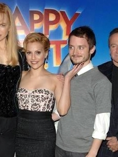 Nicole Kidman, Brittany Murphy, Elijah Wood & Robin Williams promote 'Happy Feet' in London (Nov. 2006)