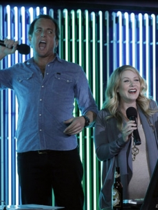"Will Arnett and Christina Applegate in ""Up All Night"""