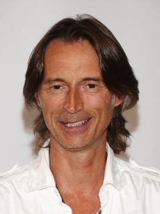 Robert Carlyle arrives at the Disney ABC Televison Group's TCA 2001 Summer Press Tour at the Beverly Hilton Hotel, Beverly Hills, on August 7, 2011