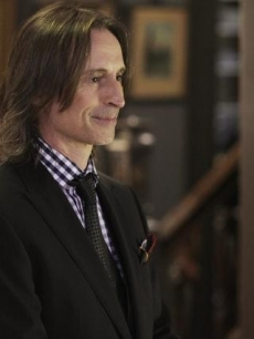 "Robert Carlyle in ABC's ""Once Upon A Time"""