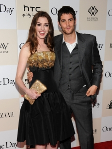 "Anne Hathaway and Jim Sturgess step out at the ""One Day"" premiere at the AMC Loews Lincoln Square 13 theater in New York City on August 8, 2011"
