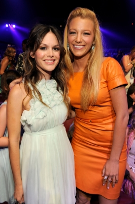 Rachel Bilson and Blake Lively both look stunning at the 2011 Teen Choice Awards at Gibson Universal Amphitheatre in Universal City, Calif. on August 7, 2011