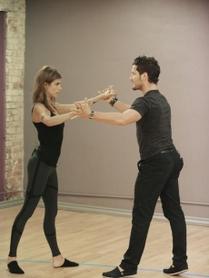 Elisabetta Canalis and Val Chmerkovskiy look intense while rehearsing for &#8216;Dancing with the Stars&#8217; Season 13