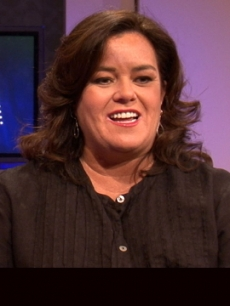 Rosie O'Donnell chats with Access Hollywood's Shaun Robinson in Chicago on September 15, 2011