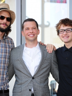 Honoree Jon Cryer poses with 'Two and a Half Men' co-stars Aston Kutcher and Angus T. Jones at his star presentation ceremony on the Hollywood Walk of Fame, September 19, 2011