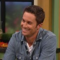 Access Hollywood Live: Oliver Hudson Dishes On &#8216;Rules Of Engagement&#8217; Season 6 &amp; His Superstar Parents