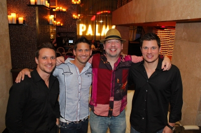 It was a 98 Degrees reunion in Las Vegas as Drew Lachey, Jeff Timmons, Justin Jeffre and Nick Lachey had dinner together at Nove Italiano inside the Palms Casino Resort on October 12, 2011