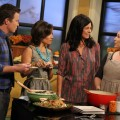 Billy Bush and Kit Hoover talk Meatless Monday with chefs Laurie David and Kristin Uhrenholt on Access Hollywood Live on November 14, 2011